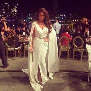Nancy Ajram Split Abendkleider 2019 Neu inspiriert von Zuhair Murad mit Metallgürtel und Cape Celebrity Dresses Abendgarderobe