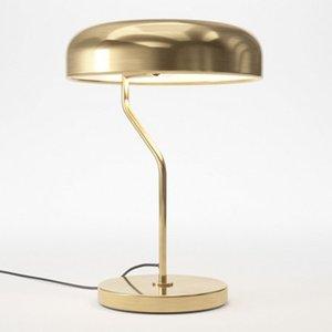 Retro metallo ottone Desk Lamp Creativo Art Hotel Casa Soggiorno Camera da letto Comodino Luce TA175