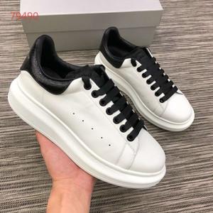alexander mqueen scarpe di alta qualità Vera Pelle designerSneaker maschile e femminile Moda Scarpe in pelle nera pattini casuali piani formato 35-45 CC0