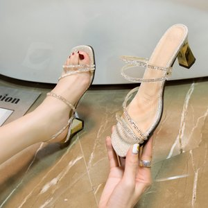 Gold Silver High Heel Slippers Sandals Mulheres Crystal fita Grosso Heel Chinelos Mulheres metal sexy Sandals 2020 Partido Slides