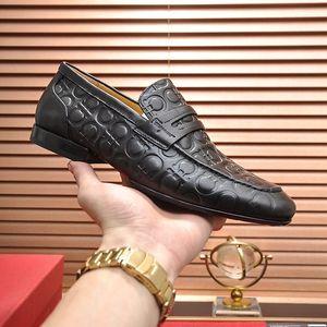 sapatos masculinos de luxo Loafers Wedding Party Tassel clássico sapatos de couro Plus Size 38-45 Homens Flats estilista Driving Shoes Preto bro branco