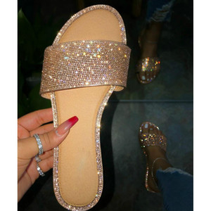 2020 Popular Shiny Crystal Women Party Seaside Slides Diamond Flat with Bling RhineStone Slip-on Shallow Beach Female Slippers