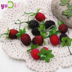 100pcs Artificial Flower Fake Fruit Glass Strawberry Christmas Red Cherry Stamen Mini Berries Pearlized Wedding Decoration