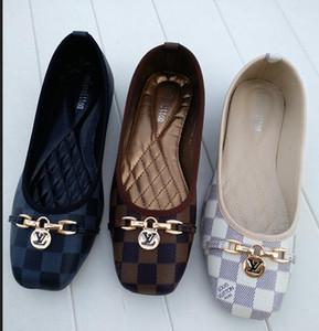 F3 2020 zapatos de las mujeres de gran tamaño 35-42 Slide huaraches diseñadores de moda los zapatos de las zapatillas de deporte para jóvenes nadadores y elegante zapato de las señoras pisos 36-42