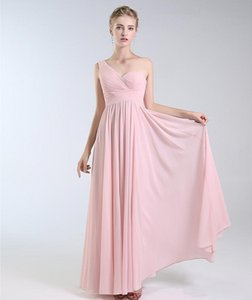 Customize Sexy Pink Chiffon New Arrival Bridesmaid Dresses Halter Neck Backless Wedding Guest Prom Evening Wear