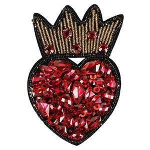 Handmade Rhinestone Couronne Coeur Broche Badges Patchs Perlés Coudre Sur Cristal Applique De Diamant pour Sacs Vêtements Chaussures Dec 2 pièces