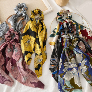 Vintage Flower Print Chouchous Satin Foulard cheveux élastique Ties cheveux Bow corde cheveux pour les femmes Filles Accessoires Rubber Band