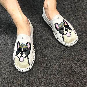 Rosetic des Mannes Schuhe Casual Retro Komfortable Handmade Stoff Farbe Geist-Gesichts-Stickerei-Blumen-Bean Schuhe männlich Geist Guy Schuhe