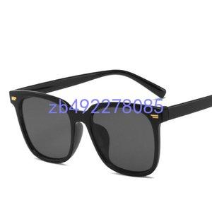 luxury top qualtiy New Fashion Tom Sunglasses For Man Woman Erika Eyewear ford Designer Sun Glasses with original p04