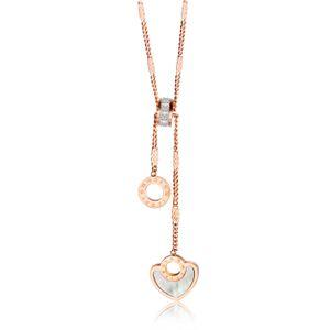 Europäische und amerikanische Mode-Kette Partei Zarte Liebe Luxus-Designer-Schmuck Frauen Halskette Titan Stahl Claviclekettenhalskette