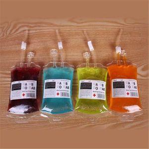 Yeni Moda En Iyi Fiyat Temizle Food Grade PVC Malzeme Kullanımlık Kan Enerji Içeceği Çantası Cadılar Bayramı Kılıfı Sahne Vampir