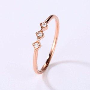 Au750 18K Rose Golden мэм Малый Сломанный Алмазный циркон Обручальное кольцо Украсьте