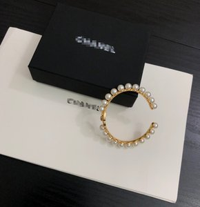 Hot women pearl Bracelet Exquisite design 2020 New high quality with box Hot sell fashion beautiful luxury Accessories free shipping 062481