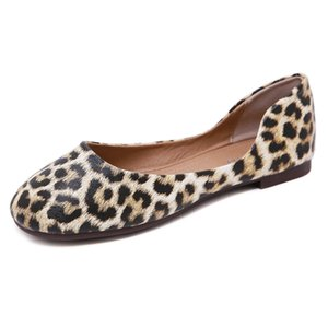 New 2020 European and American Single Shoes Cross-Border Leopard Print round Head Large Size Womens Shoes Comfortable Flat Shoes Wholesale O