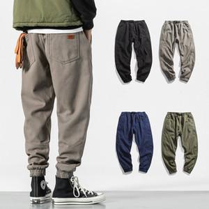 2018 babero de invierno en general pantalones jogger para hombre pantalones casuales de high street pantalones cargo hip hop pantalones de chándal de lana adolescente cepillados