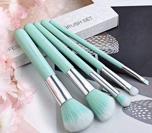 5pcs in 1 Portable Makeup Brushes Set with retail bag for beginners full set of powder Blush eye shadow brow brush tools Christmas Gift