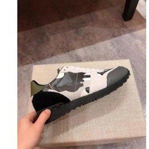 2020 Fashion Crystal Bottom Paris 17FW Triple S Mens Designer Sneakers Vintage Dad Platform Luxury Casual Shoes Sports