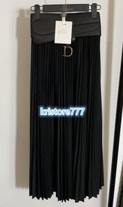Mode Vintage Femmes Luxury Design Une ligne Jupe plissée Robe avec Ceinturon High End Les filles personnalisées piste Brief Casual longue Midi Jupes