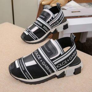 Haut de gamme sandales sur mesure classique style chaud couples chaussures 35-46 mode chaussures de sport occasionnelles usine livraison gratuite