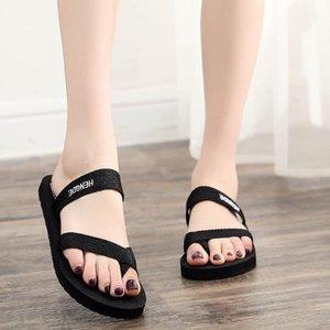 2020 Verão Mulheres Praia lisas dos flip flops Feminino Chinelos Low Heel Casual Slides Ladies Beach Shoes falhanços # T1P