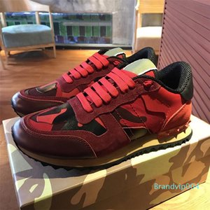 Hot New shoes[Original box] Fashion Stud Camouflage Sneakers Shoes Footwear Women Flats Luxury Designer Rockrunner Trainers Casual Shoe C03