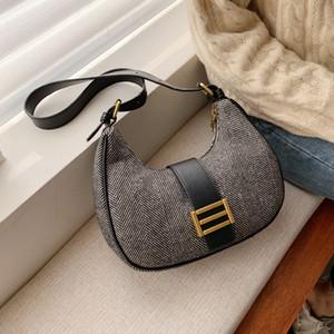 Retro Moda Sonbahar Ve Kış Niş Vahşi Messenger Omuz Çantası Genişliği 29cm Yüksek 16cm Kalın 7cm