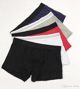 2020 Designer Letters Mens pugilistas Black White Grey Algodão respirável Cuecas Sexy Men Shorts com impressão