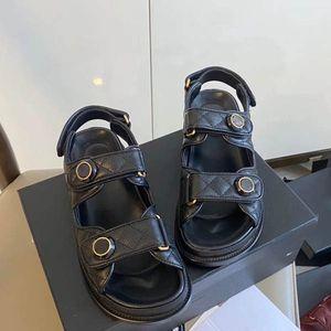 2020 nuova bacchetta magica bianco rosso di 3 colori sandali di cuoio nero formato di modo delle donne scarpe; 35-41