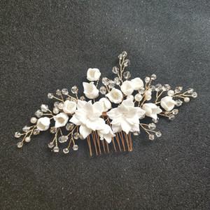 SLBRIDAL artesanal de cristal Rhinestone simuladas pérolas nupcial Flower Ceramic casamento cabelo Comb cabelo Pinos Adesivos Mulheres Jóias Y200409