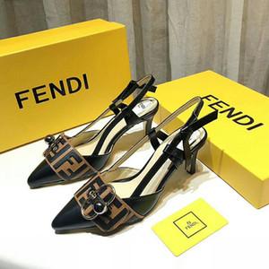 Zapatillas de tacón bajo con diamantes de imitación más nuevas de 2019 Pearl Diseñador de trabajo sandalias de verano para mujer Zapatos de vestir Tendencia clásica Moda GRANDE Tamaño