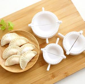 3pcs / set de masa hervida fabricante de gyoza Molde Molde de masa hervida de la pasta Pulse 3 Tamaño Ravioli Pasta de pasteles Pie color blanco SN105