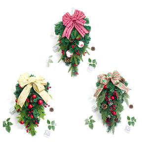 Árbol de navidad de Navidad decoración para el hogar Rattan innovador Cono Pines fruta roja decoración de la pared colgante