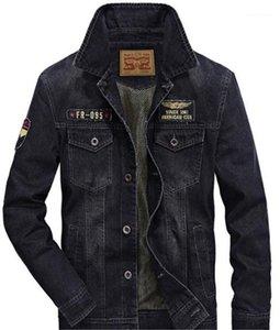 Jean de pecho para hombres chaquetas casuales para hombre Los hombres de moda de la vendimia Ropa de diseño Jean chaquetas suelta charretera individual
