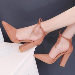 Sıcak Satış-moda rahat ayakkabılar Yaz Sandalet Terlik Plaj ayakkabı Siyah / Kırmızı / Gri kaymaz kauçuk taban Kadın Elbise ayakkabı Çalışmak Tıknaz Topuk