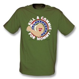 Kill A Commie Pour maman (comme Johnny Ramone Worn By de The Ramones) T-shirt