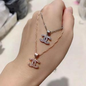 Neue Designer-Halskette berühmten Brief Luxuxhalskette Kristall Diamant-Anhänger Halsketten Frauen Perlenketten Schmuck Geschenk