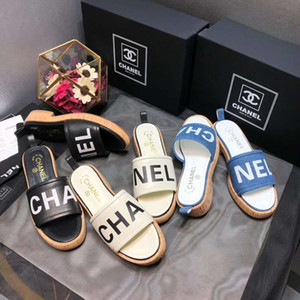 Designer Slippers Gear Bottoms Ladies Striped Sandals Black White Women Casual Slip Summer huaraches Pantofole