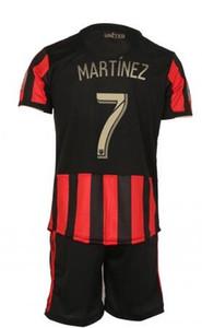 Set da calcio Atlanta United FC, maglie Almirón 10 tute con pantaloncini, jersey sportivo Martinez 7 personalizzato, negozi online in vendita