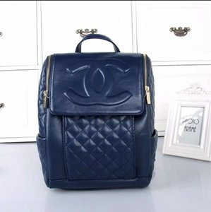 2020 neue Frauen Luxus Designer Handtaschen V Brief Lederhandtasche Designer Luxus-Taschen-Kupplung Rucksack Taschen 29 frei versendenden