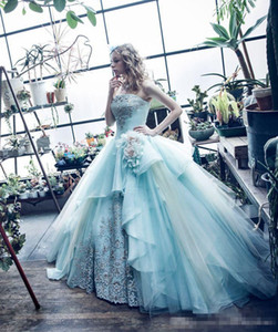 2019 Mint Green Strapless Quinceanera Dresses Luxury Applique Handmade Flowers Tiered Skirt Tulle Pageant Party Prom Ball Gown Custom Made