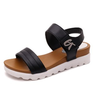 Marchwind Summer Gladiator Sandals Women Aged Leather Flat Fashion Women Shoes Casual Occasions Comfortable The Female Sandals 5CM