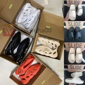 Com Caixa Stock X Kanye West Designer Sandália Foam Runner Triplo Preto Plataforma Branco Sandals óssea Cinder Homens Mulheres Resina Deslize Praia Slipper