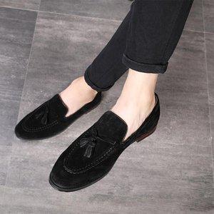2019 Brilhante Couro De Patente Sapatos de Casamento Homens Sapatos de Couro Vestido de Negócios Moda Respirável Extra Lager Code Casual Lace Up Sapatos
