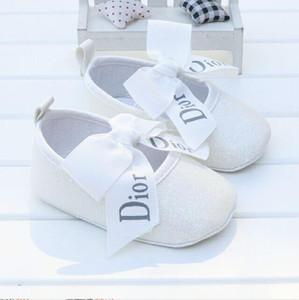 Bebé Cuero de LA PU Bebé Niño Niña Bebé Mocasines Mocas Zapatos Arco Fringe Suela Suave Calzado antideslizante Zapatos de cuna