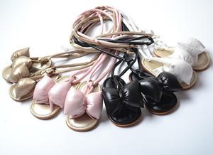 Baby Girls Gladiator Sandals PU Кожаный резиновый подошвой малыш первые ходунки римские кружевные пляжные повязки сандалии римские туфли