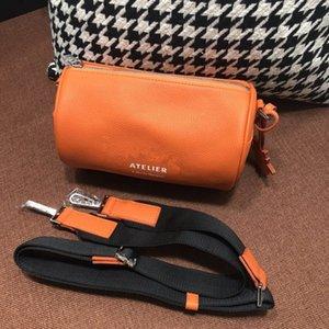 2019 bayanlar için yeni deri yastık çanta. Demonte dermis yapıştırma omuz askısı eğik satchel.MINI küçük taze Boston serisi.
