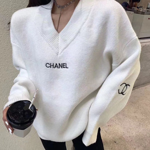 sonbaharda son moda stil / kış 2020 v yaka kazak kazak, kadınlar için gevşek ve rahat kazak, posta ücreti ücretsizdir