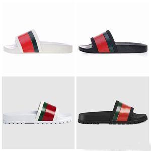 Pantofole di design di lusso Piattaforma uomo dal fondo spesso Pantofole da spiaggia Moda suola in PVC Pantofole da bagno per film Scarpe da esterno per donna 34-42-46