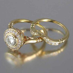 Huitan Couleur d'or 2PC nuptiaux Définit la proposition romantique Anneaux de mariage Foe femmes Trendy Stone Round Définition Wholesale Lots