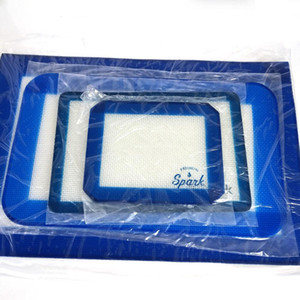 FDA Hitzebeständige Silikon-Matten-Rollen-Teig Teig Kuchen Bakeware Liner-Auflage-Matte Oven Kochen Werkzeuge für Wachs vape Stift Wasser bong